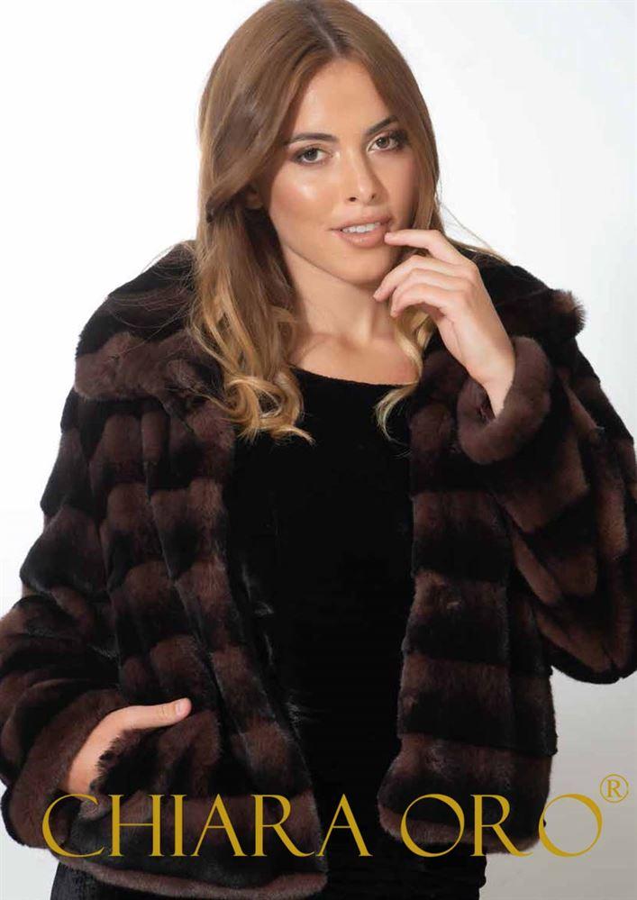 timeless design d7d23 62d06 Nuova collezione donna Chiara Oro inverno 2018-2019. Capi di ...